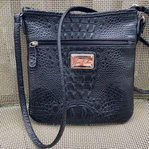 ⚜️Marc Fisher crossbody black croc bag!